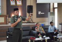 Dandim 0418/Palembang Beri Wawasan Kebangsaan Kepada Kader HMI