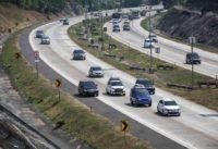 Menhub : Peningkatan Jumlah Pemudik Lebaran Idul Fitri melalui jalur darat yang diperkirakan mencapai 10 persen ini karena ada Euforia Masyarakat untuk menjajal jalan Tol yang baru  Beroperasi.