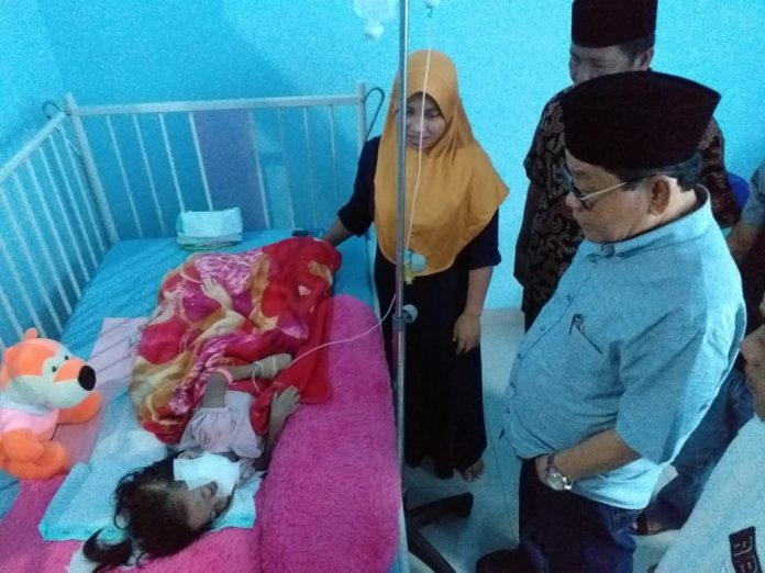 Nabilatus Mendapat Kunjungan Plt Bupati Mesuji di Rumah Sakit