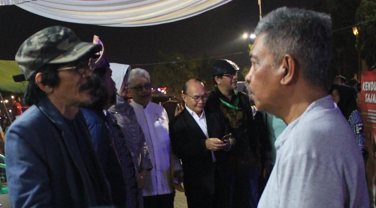 Anwar Putra Bayu dan Toton Dai Permana akan Menghadiri Festival Sastra Internasional Gunung Bintang