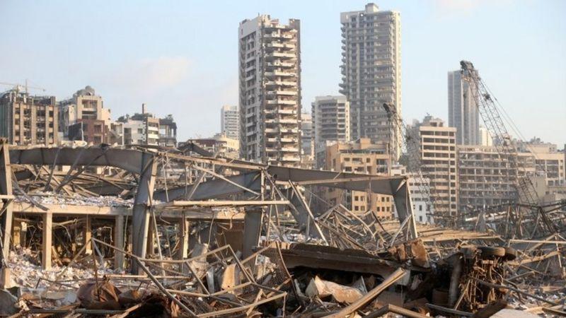 Kehancuran dan kekacauan Lebanon  setelah ledakan di Beirut Dalam Beberapa Rangkaian foto