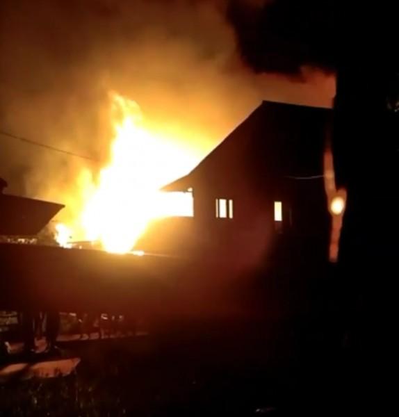 KebakaranTerjadi di Lorong Serengam I 32 Ilir, Hanguskan 11 Rumah dan 4 Bedeng