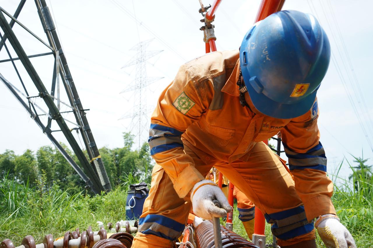 Amankan Pelayanan ke Pelanggan, PLN Lakukan Pemeliharaan Jaringan 500 kV Tanpa Padam
