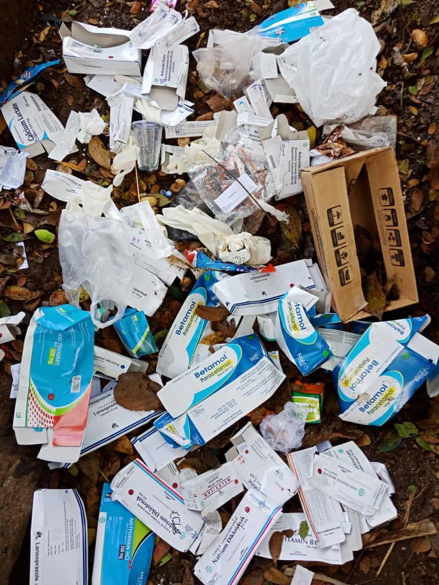 Bertepatan Hari Sampah Sedunia, Ditemukan nya Sampah Medis Yang Berserakan Di Pinggir Jalan Kota Pagaralam
